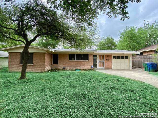 254 Gettysburg Rd, San Antonio, TX 78228 (MLS #1519108) :: The Real Estate Jesus Team