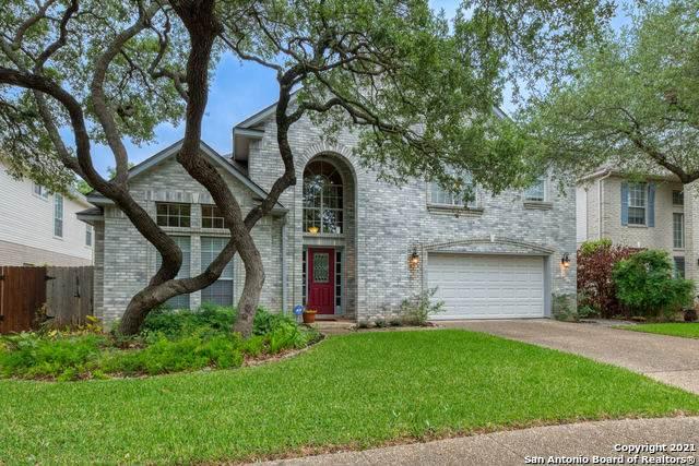 18 Spring Lake Dr, San Antonio, TX 78248 (MLS #1523807) :: The Real Estate Jesus Team