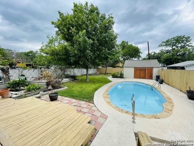 1743 W Huisache Ave, San Antonio, TX 78201 (MLS #1527459) :: 2Halls Property Team   Berkshire Hathaway HomeServices PenFed Realty