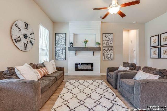 220 Albarella, Cibolo, TX 78108 (MLS #1527576) :: 2Halls Property Team | Berkshire Hathaway HomeServices PenFed Realty