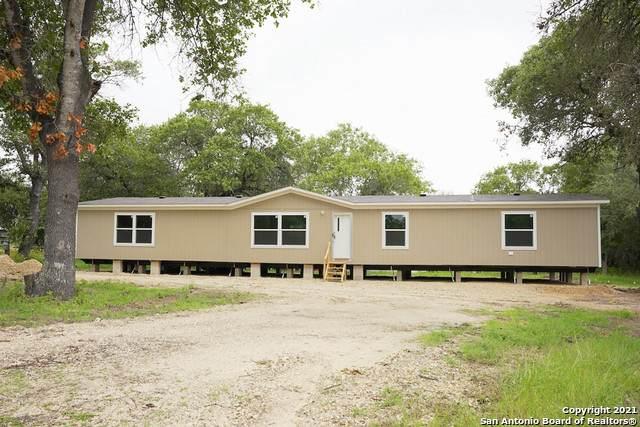 4603 Lee Way, Elmendorf, TX 78112 (MLS #1534407) :: Exquisite Properties, LLC