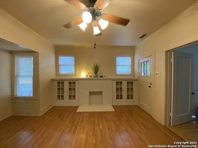 534 E Whittier St, San Antonio, TX 78210 (MLS #1535211) :: 2Halls Property Team | Berkshire Hathaway HomeServices PenFed Realty