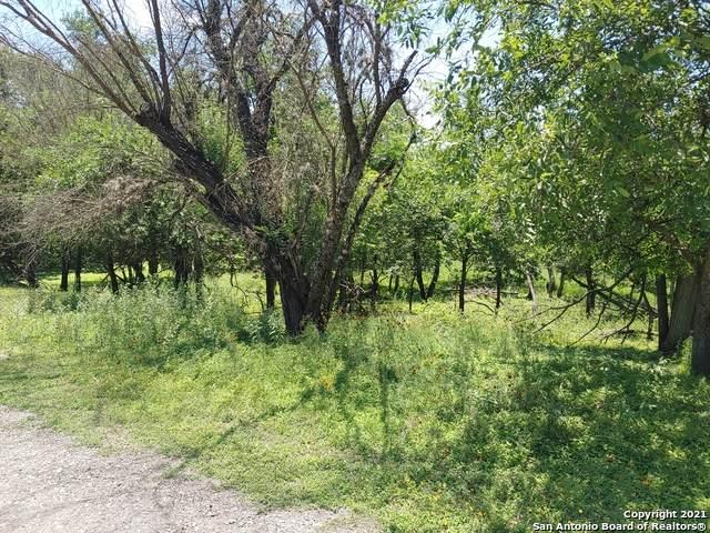 TBD 3Rd/Cedar St, Bandera, TX 78003 (MLS #1538447) :: The Castillo Group