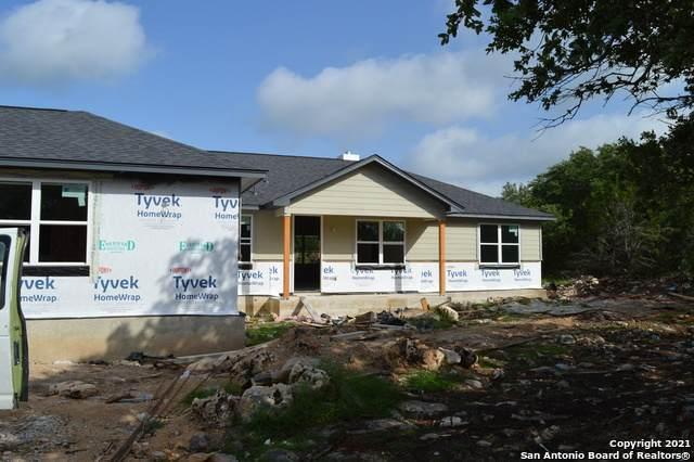 730 Rayner Ranch Blvd, Spring Branch, TX 78070 (MLS #1538898) :: The Real Estate Jesus Team