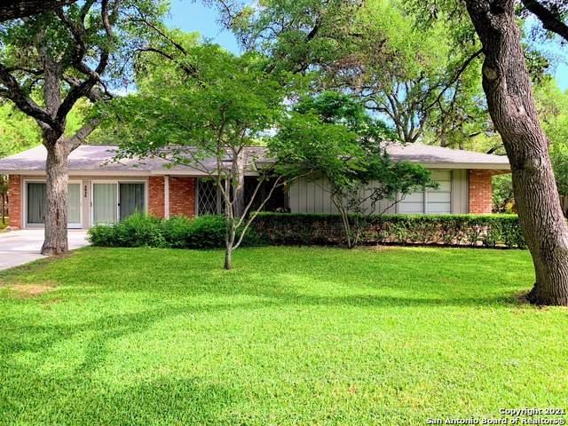 2823 Old Moss Rd, San Antonio, TX 78217 (MLS #1542145) :: The Real Estate Jesus Team