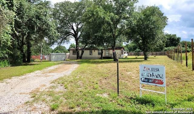 4815 Blue Beech Dr, Elmendorf, TX 78112 (MLS #1542188) :: Exquisite Properties, LLC