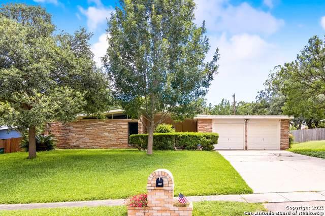 230 One Oak Dr, San Antonio, TX 78228 (MLS #1543550) :: JP & Associates Realtors
