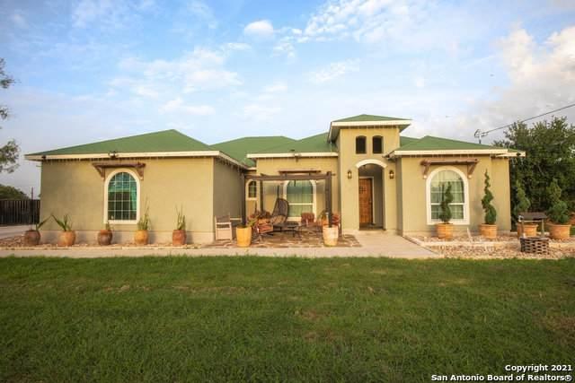 120 County Road 3820, San Antonio, TX 78253 (MLS #1545096) :: Real Estate by Design
