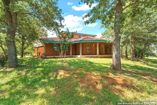 1311 County Road 427, Stockdale, TX 78160 (MLS #1545718) :: Carter Fine Homes - Keller Williams Heritage