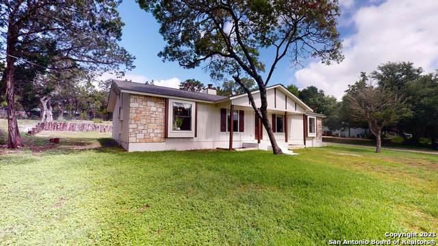 218 Doeskin Dr, Boerne, TX 78006 (MLS #1546047) :: The Real Estate Jesus Team