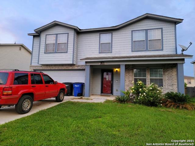 636 Nw Crossing Dr, New Braunfels, TX 78130 (MLS #1547808) :: Phyllis Browning Company