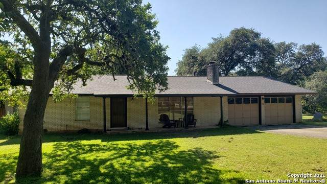 116 Sharon Dr, Boerne, TX 78006 (MLS #1548697) :: Alexis Weigand Real Estate Group