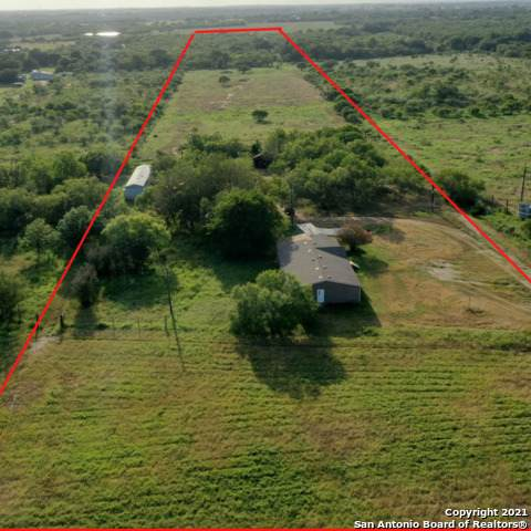 14794 Fm 1346, St Hedwig, TX 78152 (MLS #1553125) :: Phyllis Browning Company