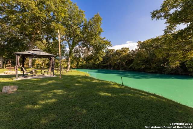336 Waterway Pass, New Braunfels, TX 78130 (MLS #1556294) :: The Glover Homes & Land Group