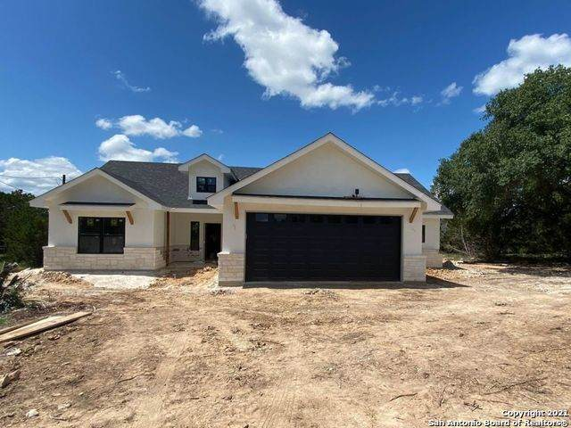 200 Fawn Dr, Bandera, TX 78003 (MLS #1557156) :: Alexis Weigand Real Estate Group