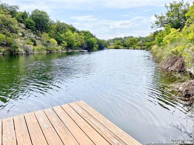 409 Rio Hondo Rd, Tarpley, TX 78883 (MLS #1557442) :: Carter Fine Homes - Keller Williams Heritage