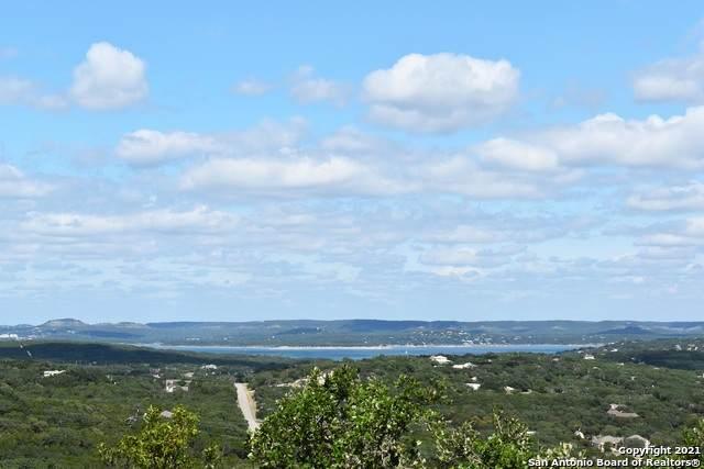 870 Lexington Pass, Canyon Lake, TX 78133 (MLS #1559035) :: BHGRE HomeCity San Antonio