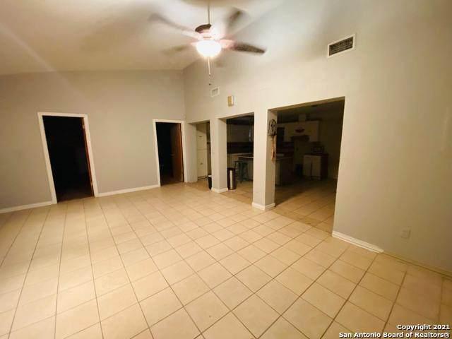 206 Nancy Pl, San Antonio, TX 78204 (MLS #1559322) :: The Lopez Group