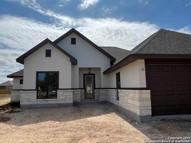 166 E Short Meadow Drive, Lytle, TX 78052 (MLS #1562931) :: The Gradiz Group