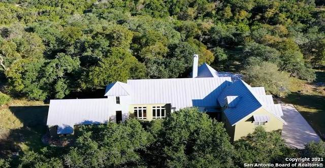 178 Natural Brg, New Braunfels, TX 78132 (MLS #1564109) :: BHGRE HomeCity San Antonio