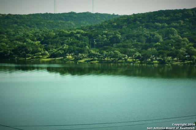 14 Plum Cove Dr, Lakehills, TX 78063 (MLS #839509) :: Magnolia Realty