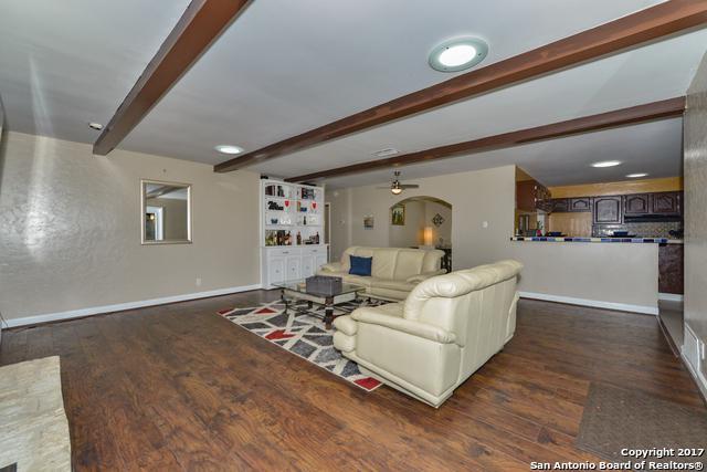 7611 N Songbird Ln, San Antonio, TX 78229 (MLS #1277438) :: Magnolia Realty
