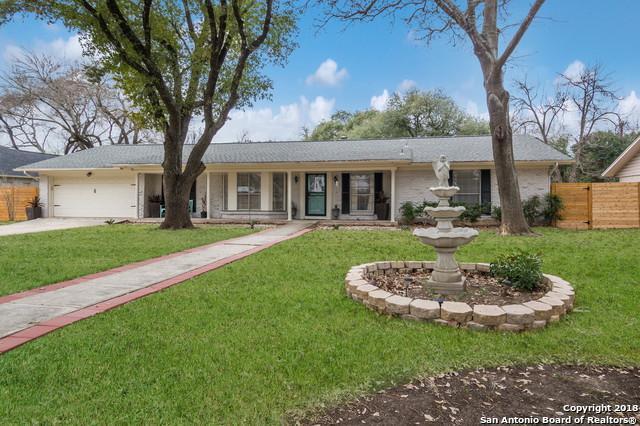215 Northcrest Dr, Castle Hills, TX 78213 (MLS #1289541) :: The Castillo Group