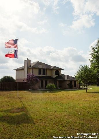 123 Country Gardens, La Vernia, TX 78121 (MLS #1289576) :: Exquisite Properties, LLC