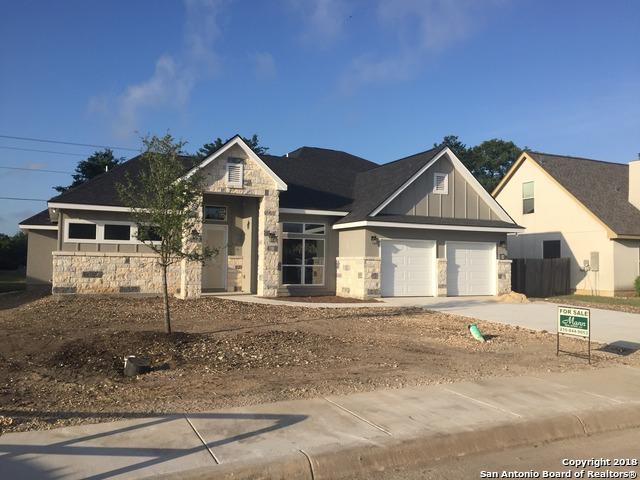 308 English Oaks Circle, Boerne, TX 78006 (MLS #1297160) :: Exquisite Properties, LLC