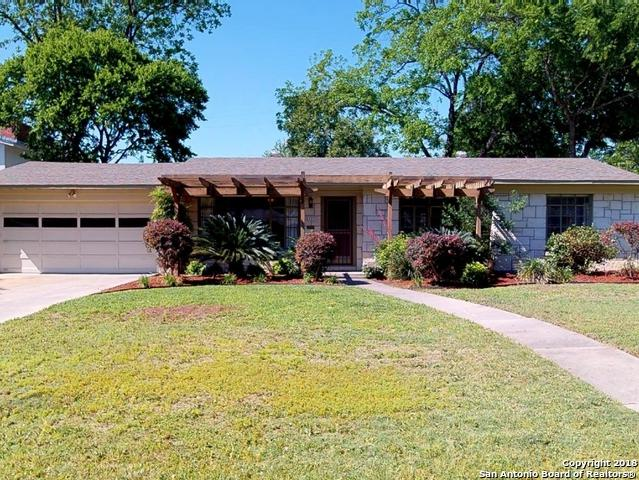 2327 W Summit Ave, San Antonio, TX 78201 (MLS #1309168) :: Erin Caraway Group
