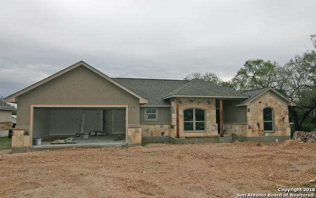 914 London, Castroville, TX 78009 (MLS #1337308) :: Tom White Group