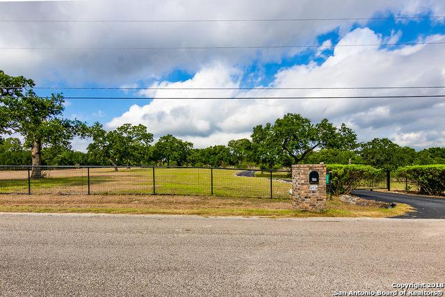 565 Falling Water Dr, Spring Branch, TX 78070 (MLS #1341403) :: Alexis Weigand Real Estate Group