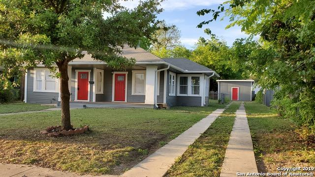 1605 W Mistletoe Ave, San Antonio, TX 78201 (MLS #1347247) :: Berkshire Hathaway HomeServices Don Johnson, REALTORS®