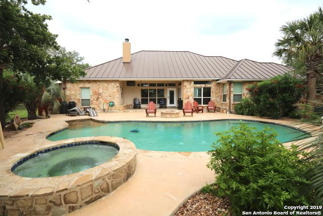 145 Diamond View Drive, La Vernia, TX 78121 (MLS #1379650) :: Berkshire Hathaway HomeServices Don Johnson, REALTORS®
