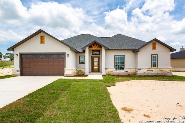114 Las Palomas Dr, La Vernia, TX 78121 (MLS #1384881) :: BHGRE HomeCity