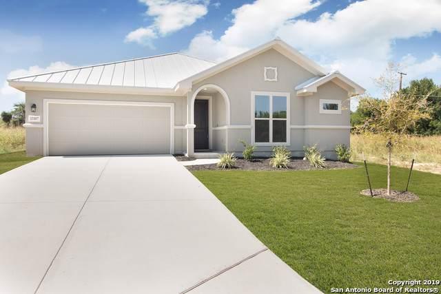13107 Lattigo Bend, San Antonio, TX 78245 (MLS #1400802) :: Alexis Weigand Real Estate Group