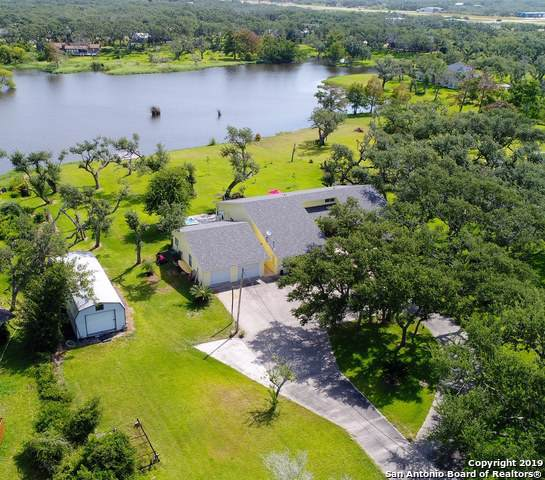 415 St Francis Circle, Rockport, TX 78382 (MLS #1401288) :: Berkshire Hathaway HomeServices Don Johnson, REALTORS®