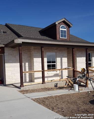 452 Lets Roll Dr, Fischer, TX 78623 (MLS #1404332) :: Alexis Weigand Real Estate Group
