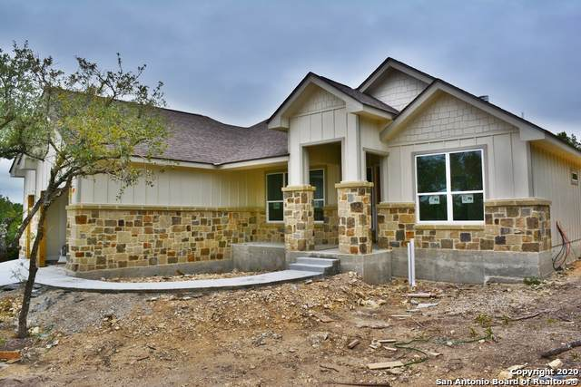 512 Primrose Path, Canyon Lake, TX 78133 (#1406269) :: The Perry Henderson Group at Berkshire Hathaway Texas Realty