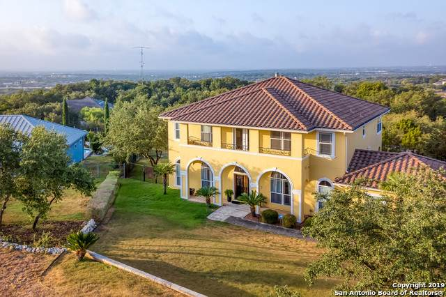 7610 Bluemist Mountain Rd, San Antonio, TX 78255 (MLS #1406352) :: Alexis Weigand Real Estate Group