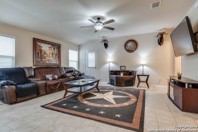 1716 Emerald Edge, San Antonio, TX 78245 (MLS #1407837) :: BHGRE HomeCity