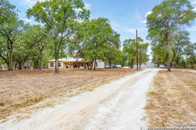 240 (LOT 23) Oak Hollow Drive, La Vernia, TX 78121 (#1415793) :: The Perry Henderson Group at Berkshire Hathaway Texas Realty