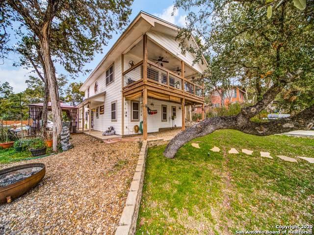 522 Black Bass Rd., Lakehills, TX 78063 (MLS #1419280) :: BHGRE HomeCity
