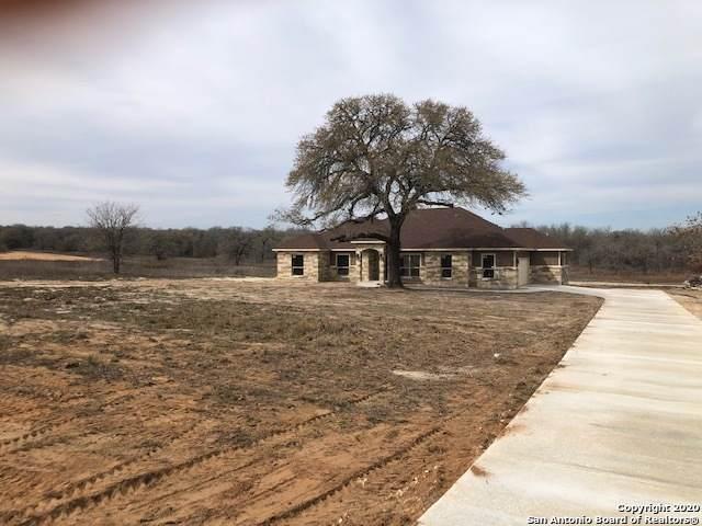 208 Cibolo Ridge, La Vernia, TX 78121 (MLS #1419322) :: Neal & Neal Team