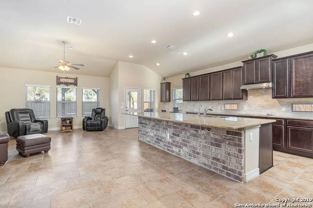 1703 Village Springs, New Braunfels, TX 78130 (MLS #1427953) :: The Lugo Group