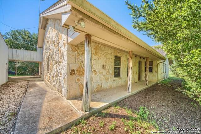 356 County Road 416, Stockdale, TX 78160 (MLS #1437055) :: BHGRE HomeCity San Antonio