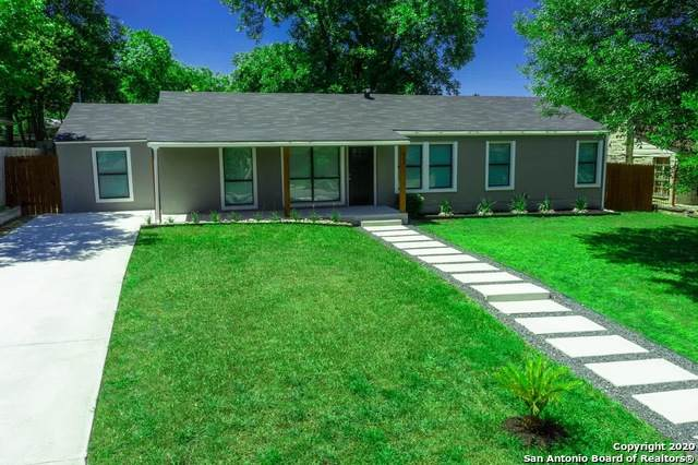 211 Beverly Dr, San Antonio, TX 78228 (#1451920) :: The Perry Henderson Group at Berkshire Hathaway Texas Realty