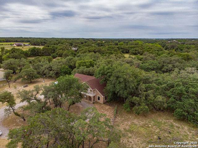 210 Shannon Ridge Dr, Floresville, TX 78114 (MLS #1455566) :: Alexis Weigand Real Estate Group