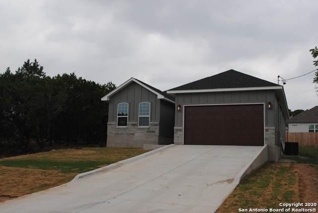 1297 Live Oak Dr, Spring Branch, TX 78070 (MLS #1457333) :: Maverick