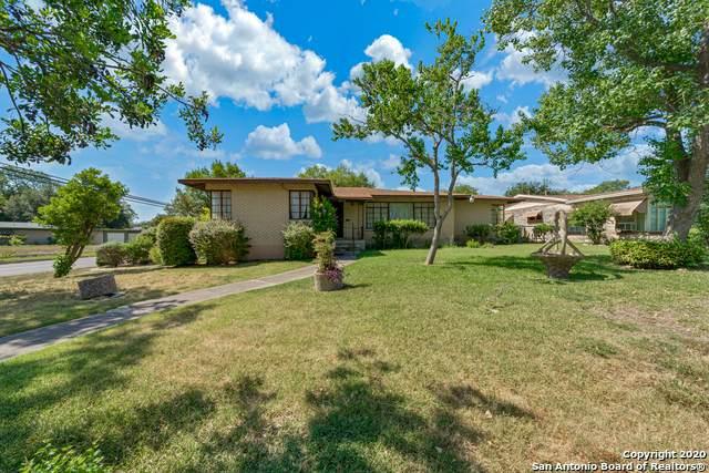 2402 W Summit Ave, San Antonio, TX 78228 (MLS #1469319) :: The Lugo Group